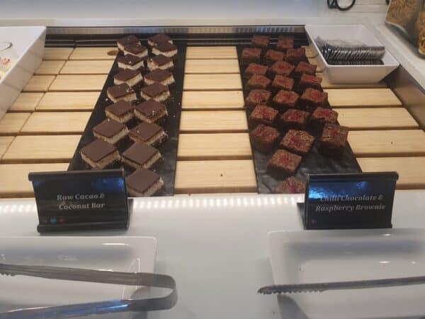 Desserts Aiz NZ lounge Auckland