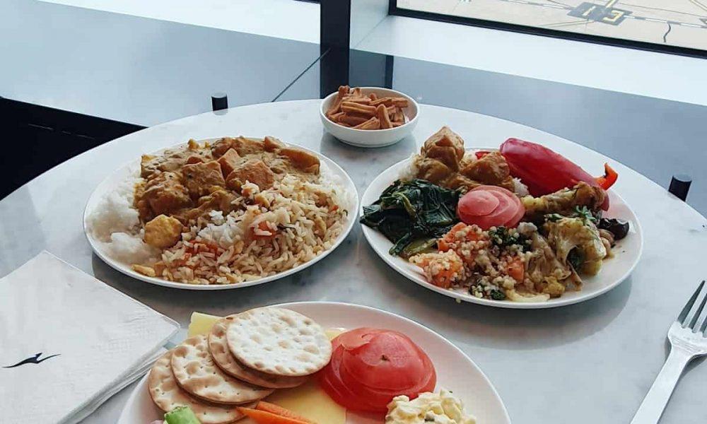 Qantas Melbourne Business Class Lounge Food